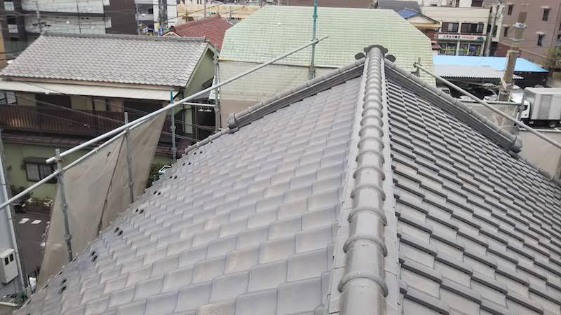 船橋市の屋根の葺き直し工事の施工前の様子