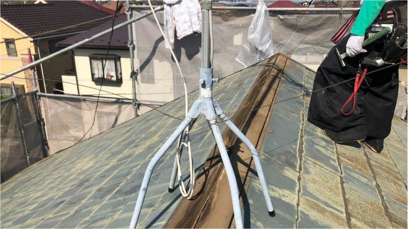 船橋市の棟板金の交換工事の板金の撤去