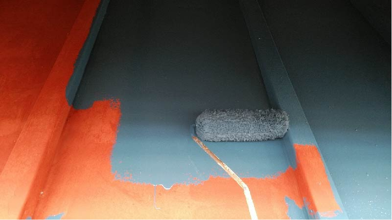 トタン屋根の上塗り