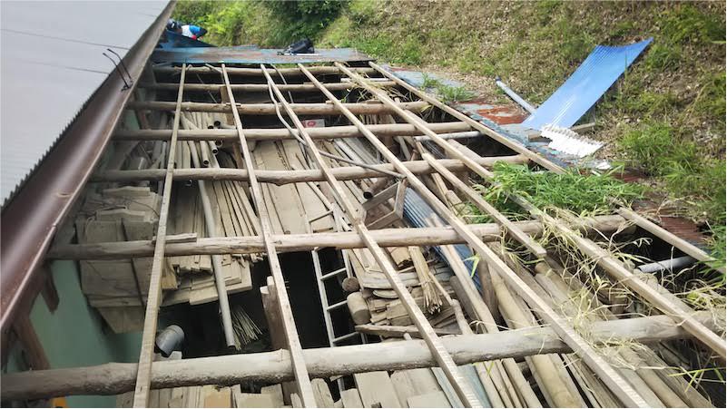 屋根材の撤去・解体