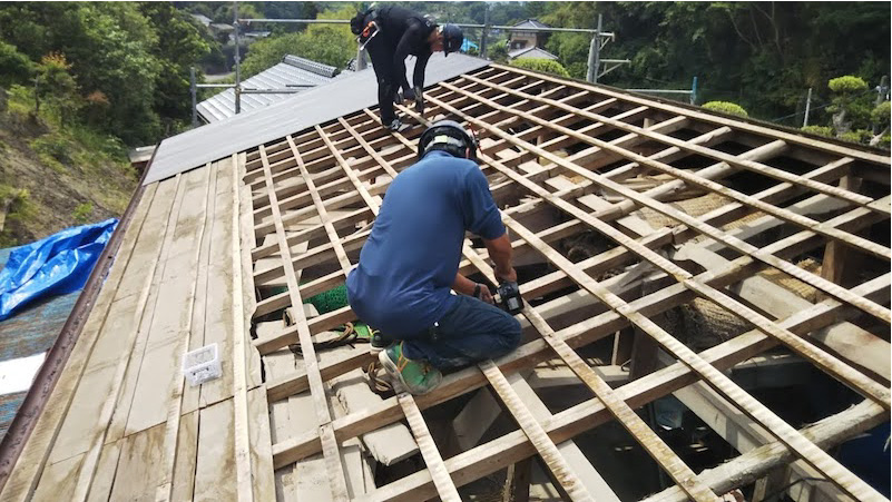大屋根の躯体の補修