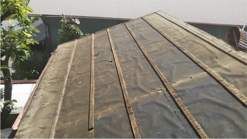 屋根材の剥がし