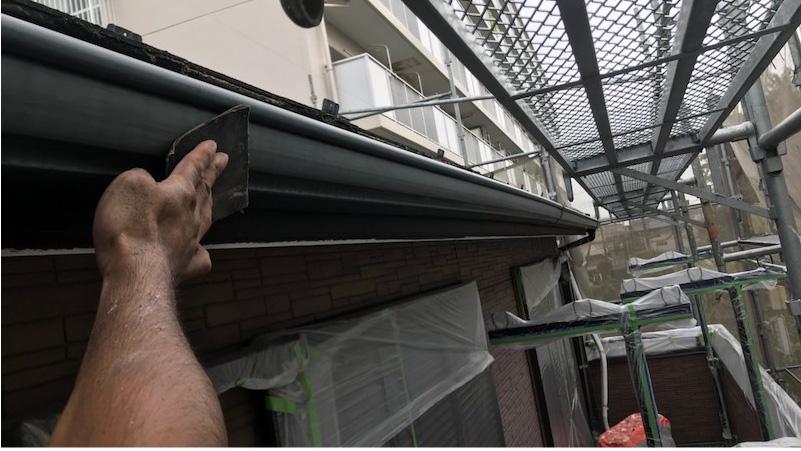 雨樋の付帯部塗装