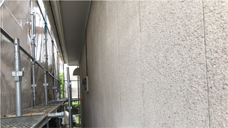 外壁塗装の高圧洗浄後の様子