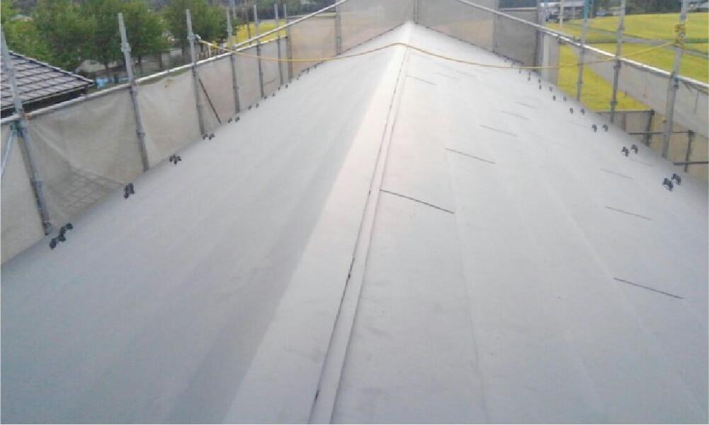 君津市の屋根カバー工法の施工事例