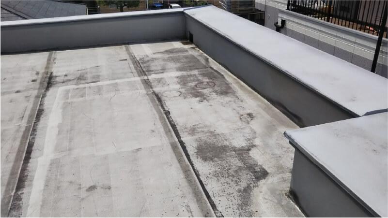 施工前の屋上