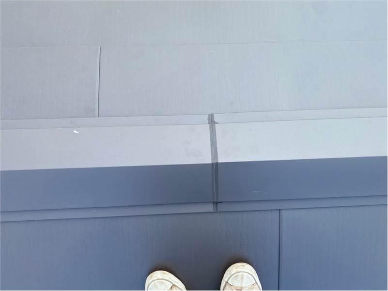 船橋市の屋根リフォームの屋根材の大屋根の棟板金の施工