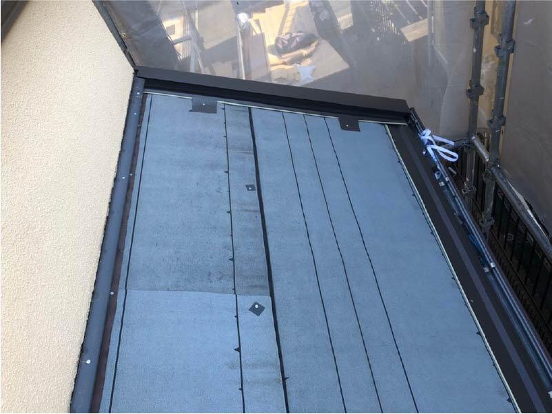 港南区の屋根リフォームの棟下地の施工