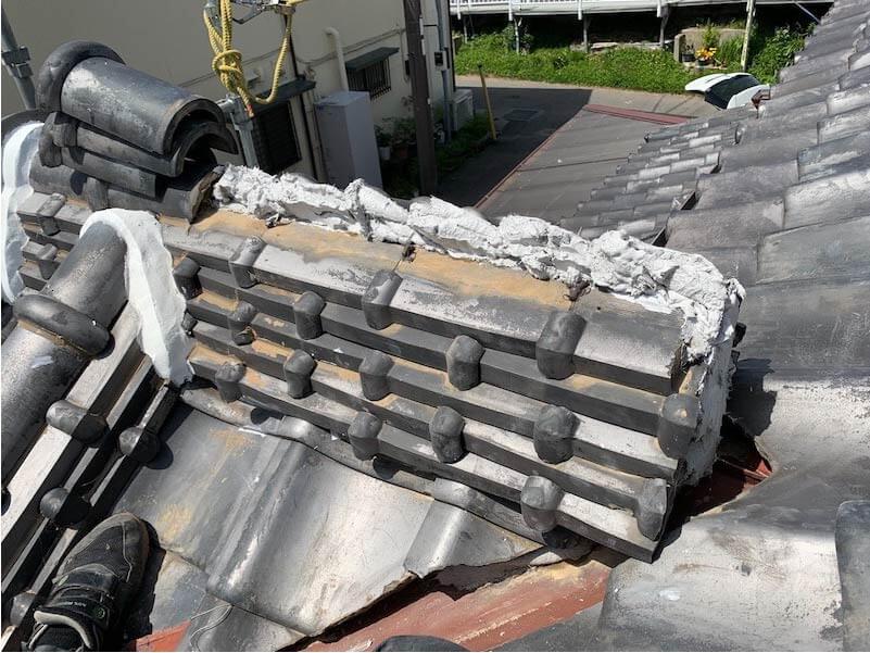 市川市の屋根修理の漆喰の補修工事