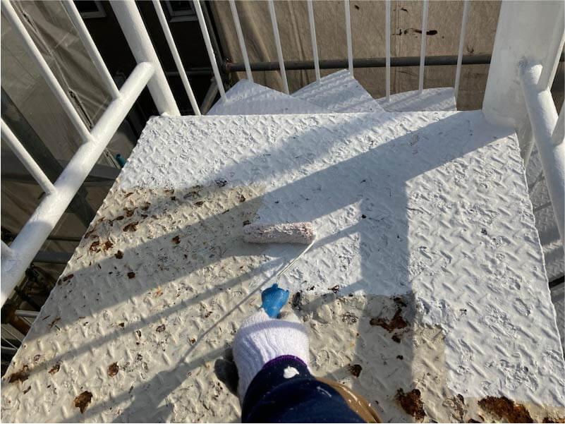 市川市の外壁塗装の階段の塗装