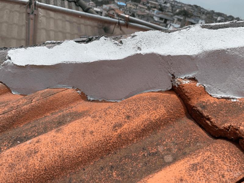 保土ヶ谷区の屋根修理の漆喰の施工