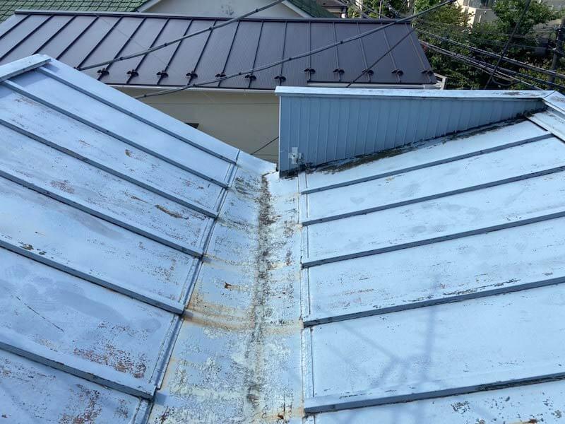 目黒区の屋根リフォームの施工前の様子